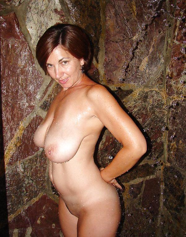 Amateur mature tanned nudes