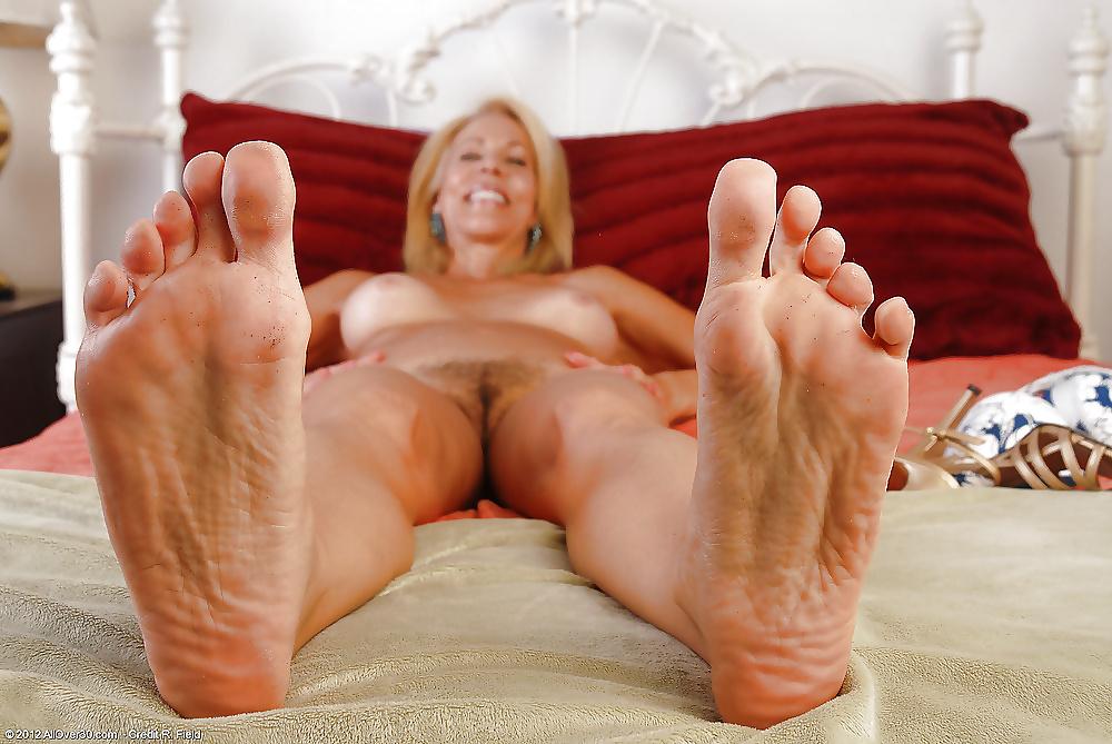 Other mom feet by johanveryfetish on deviantart