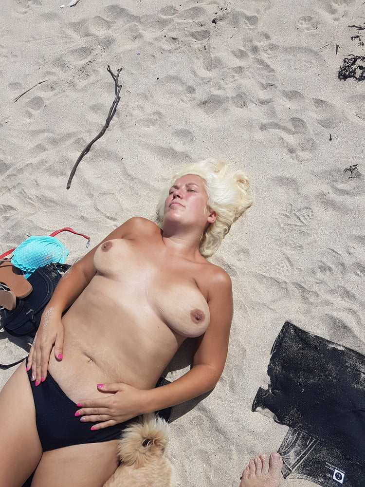 Topless sunbathing sunbather pics, naked girls riding on guys faces