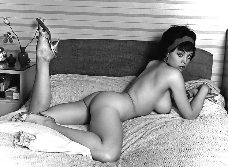 Lady nude vintage