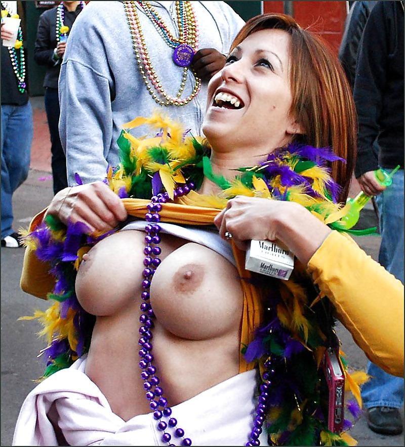Mardi gras public nude