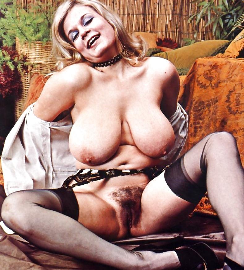 Секс старых полногрудых английских дам, очень злоебучая девушка видео