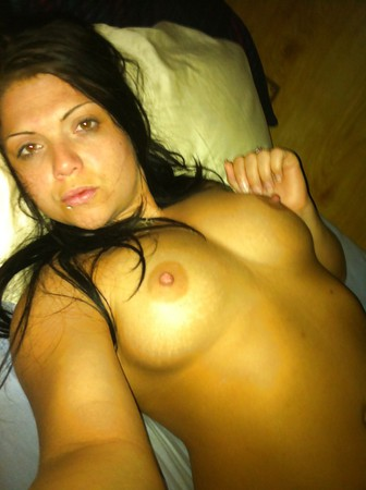 Girls send pics for cock.