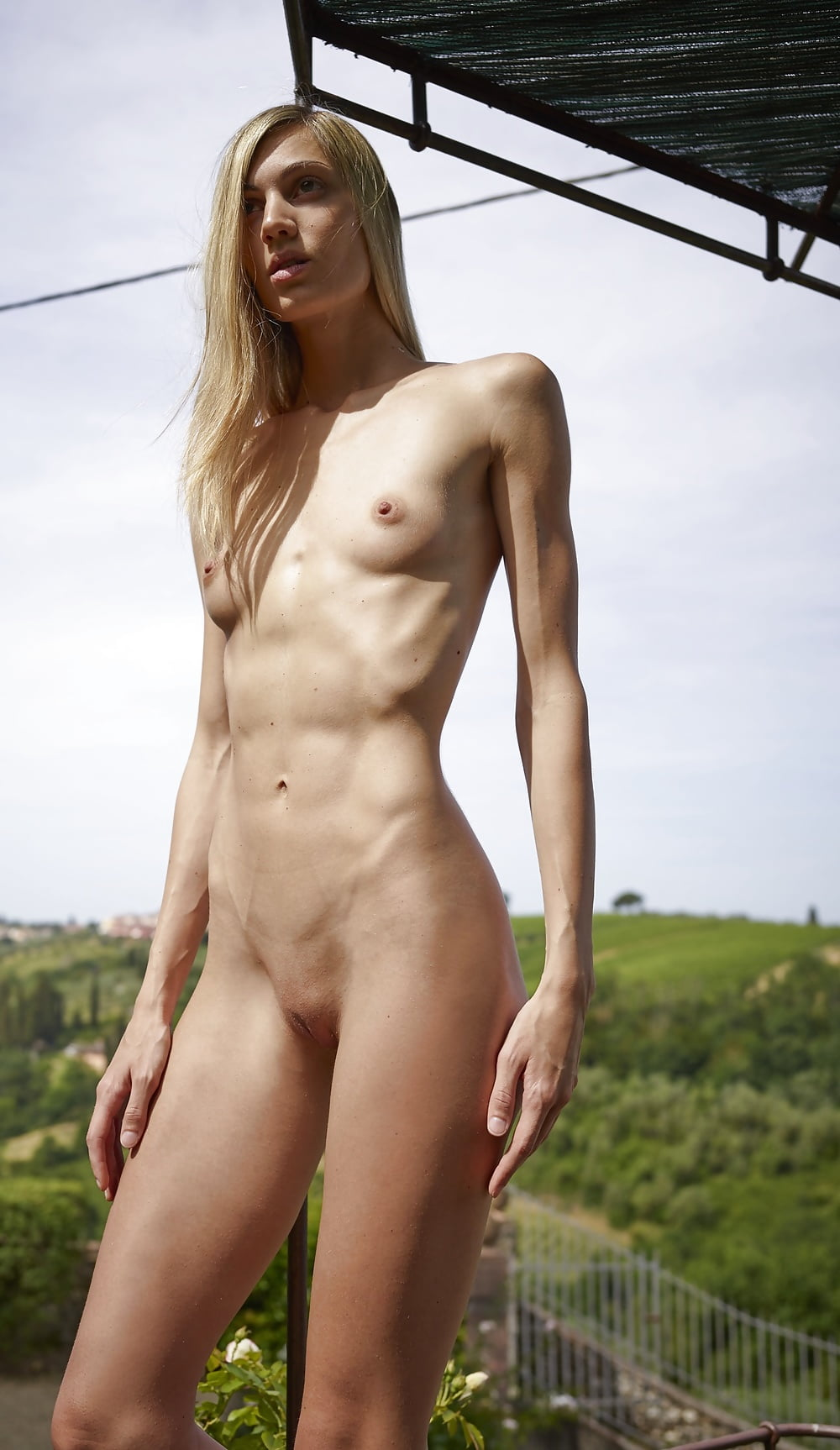 Tall and skinny nude women fucking