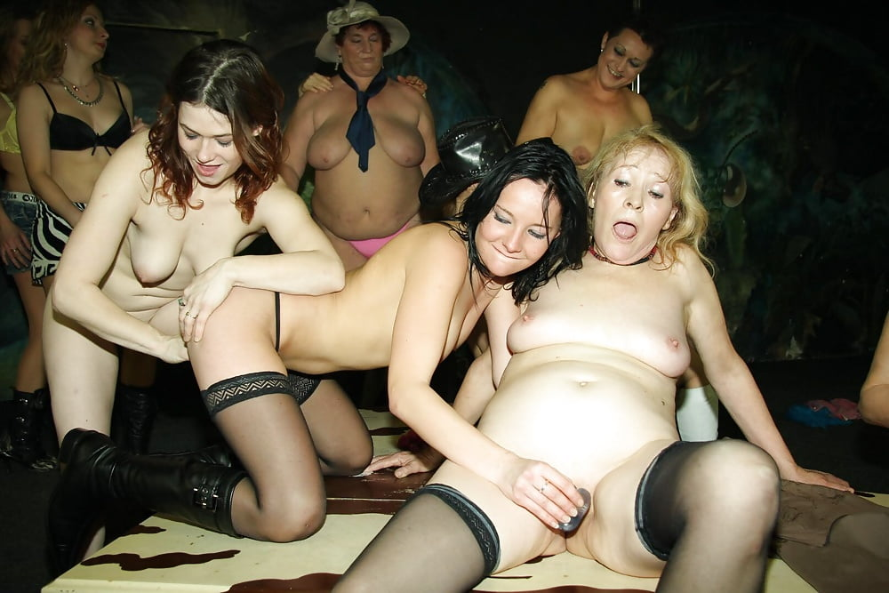 Johnson hot club lesbian swinger