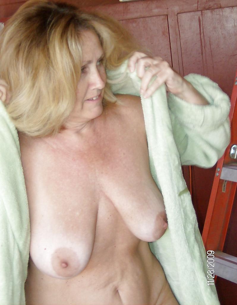 Mature sally big tits pics