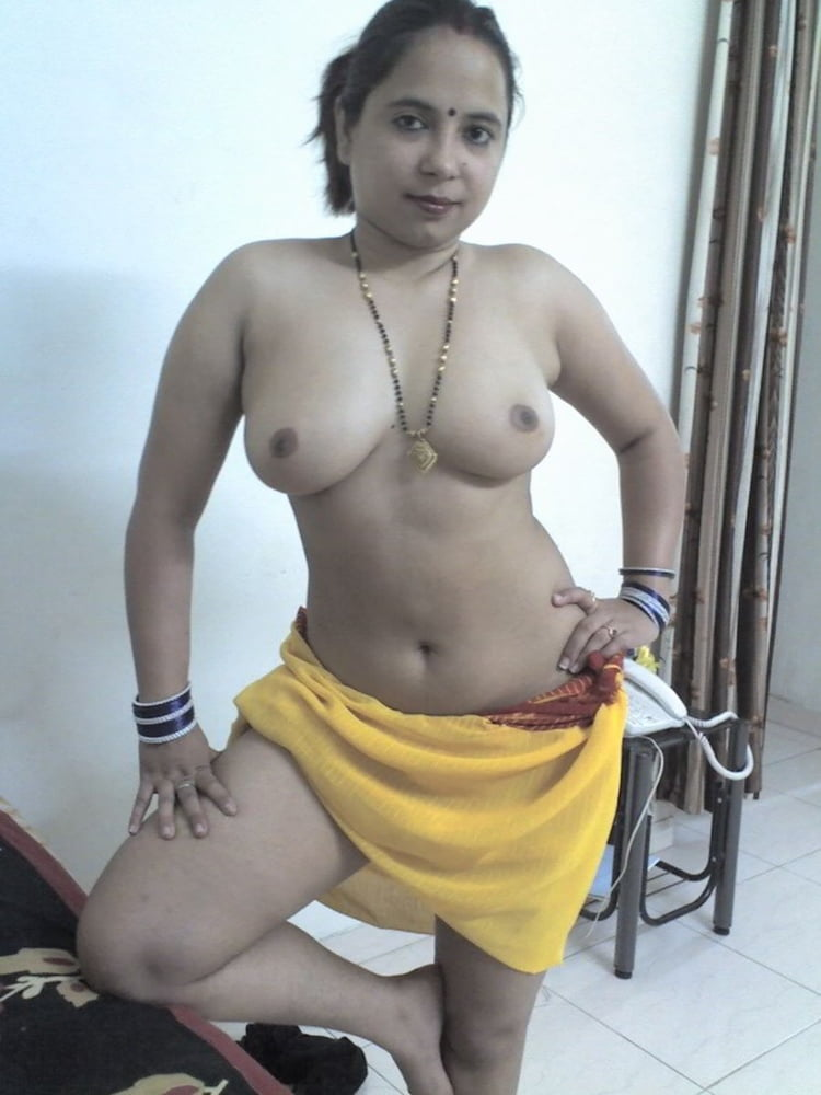 punjabi-female-singer-nude-pic