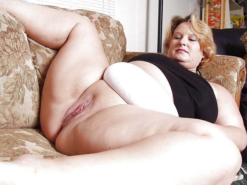 Download older mature chubby pussy saw cock
