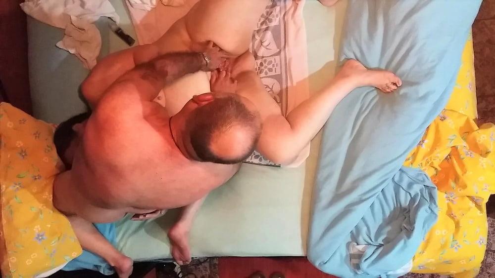 Cuckold bbw sex Cum swallowing slut bukakke