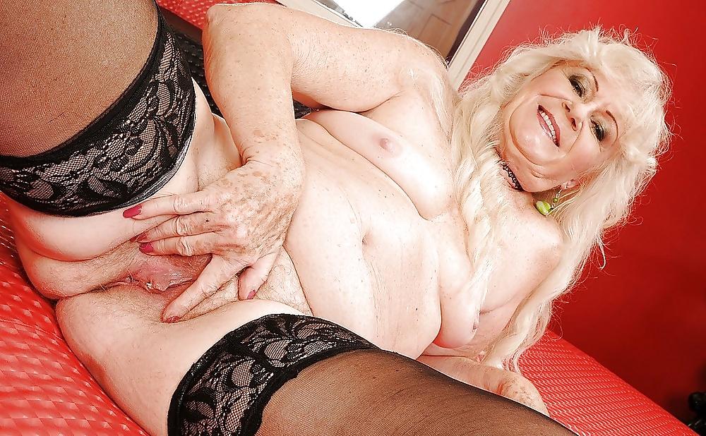 Granny porn blonde — photo 1