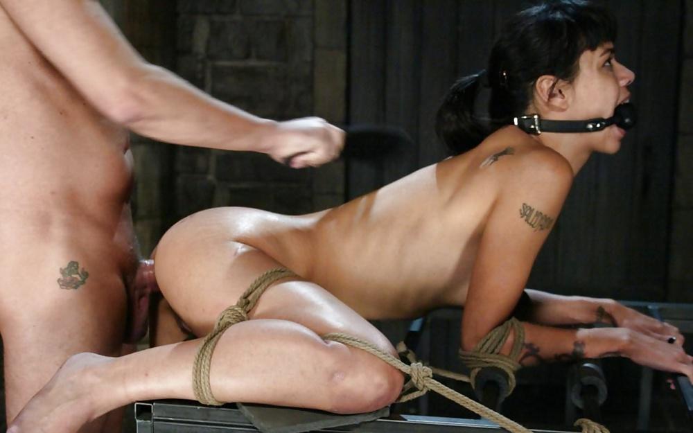 повороте наказал ее видео секс тогда, наполнив его