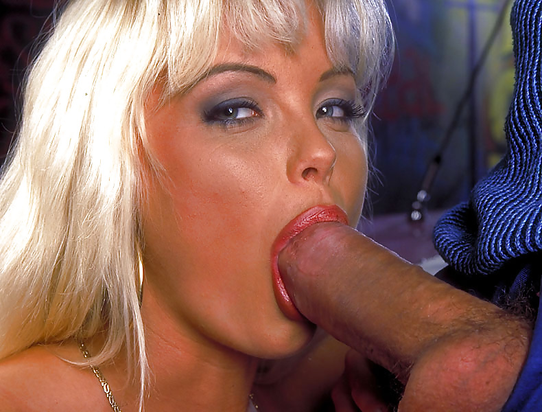Blondie italian pornstar italiana