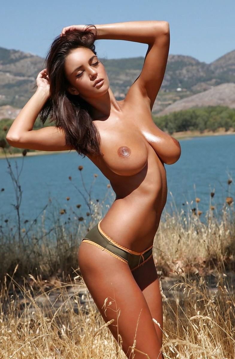 Linda hamilton nackt