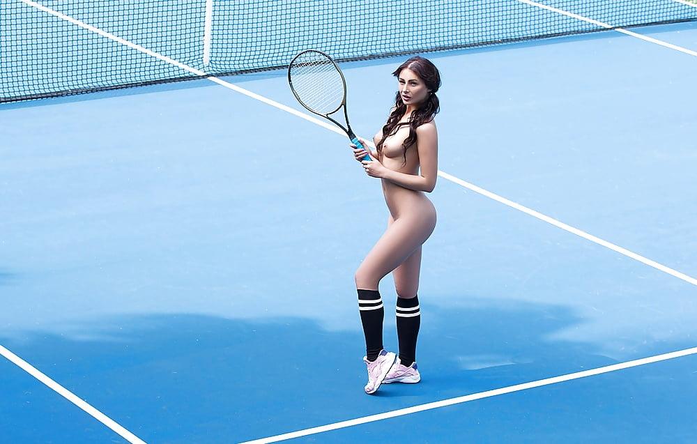 sexi-nude-naked-tennis-girl-mound-xxx