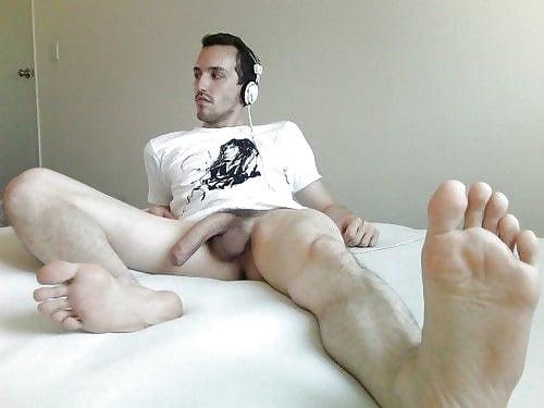 Naked guys getting footjobs sahsa