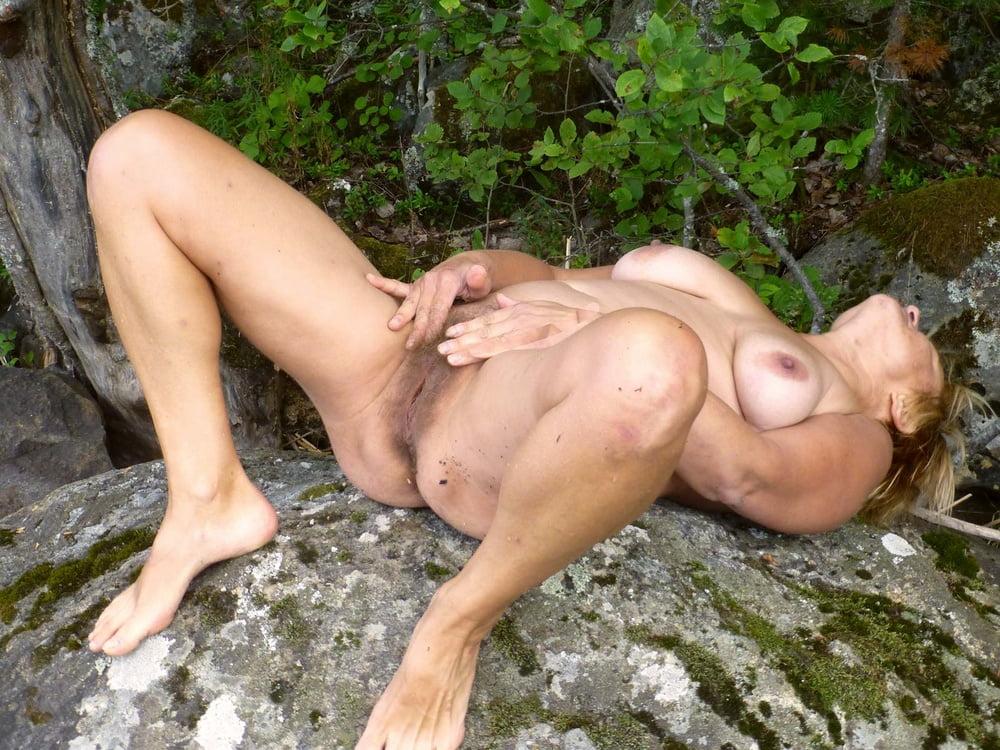 Nude mature squirt in garden free xxx galeries