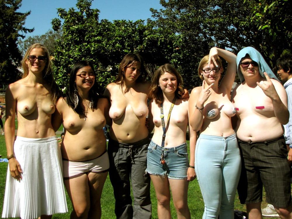 Teen flashing boobis porn — img 5