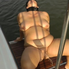 Annadevot Boat Special: Pissing And Masturbating From Bath