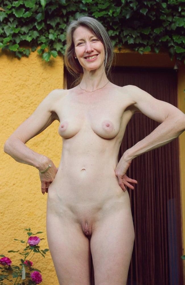 nude-imature-girl