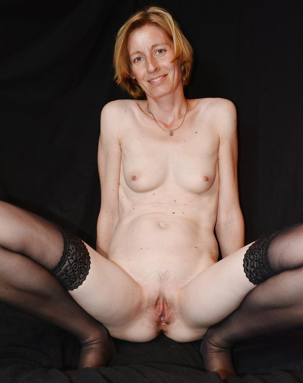 skinny-milf-sluts-miley-cyrus-short-hair-porn-fakes