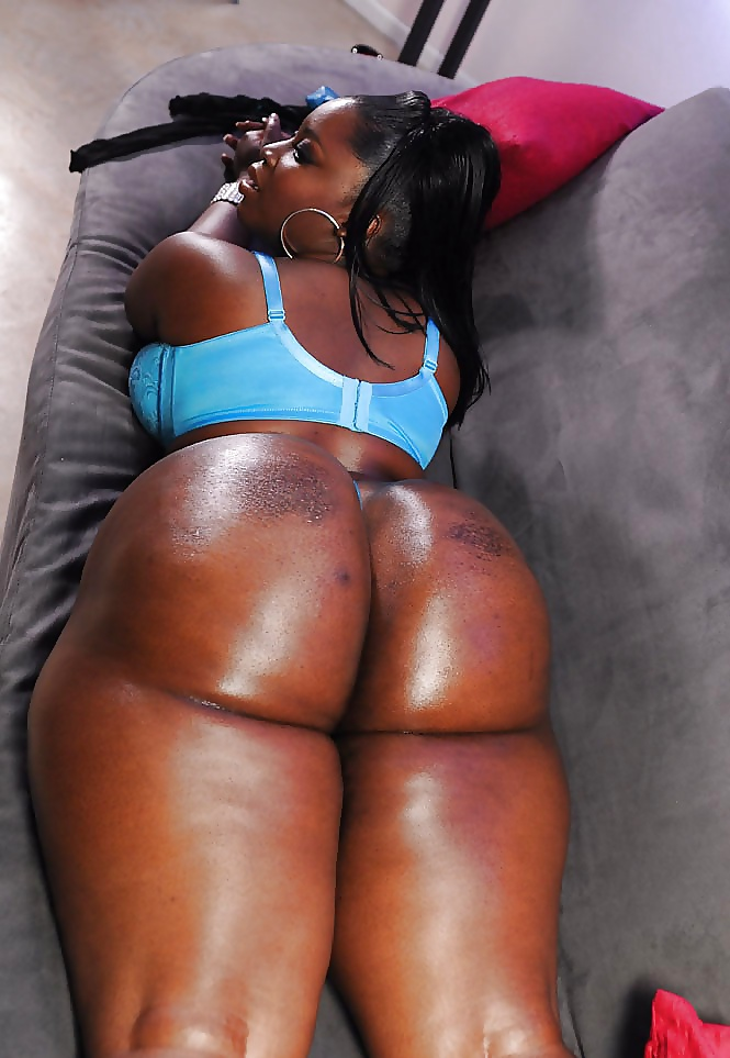 black-women-with-very-large-asses-free-ass-butt-and-booty-galleries