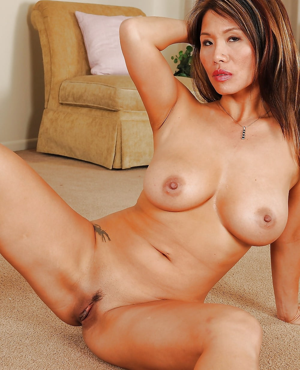 pictures-of-nude-asian-milfs-porn-stars-in-usa