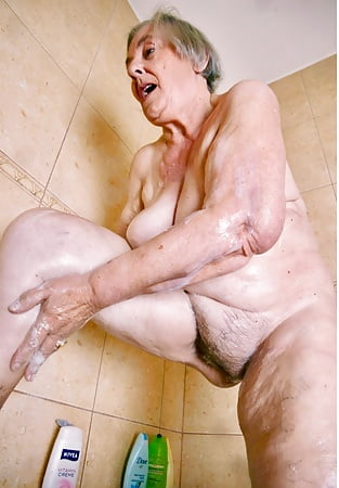Finest Naked Old Sluts Gif