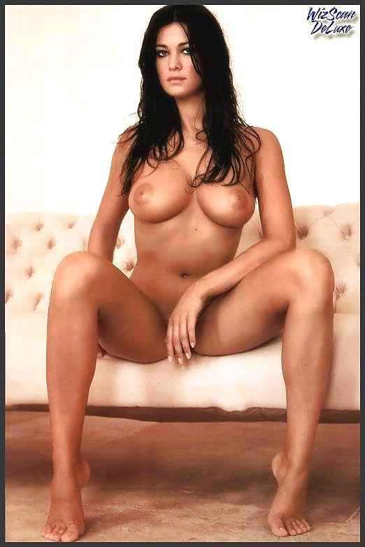 Manuela Arcuri Desnuda 47 Fotos Xhamstercom