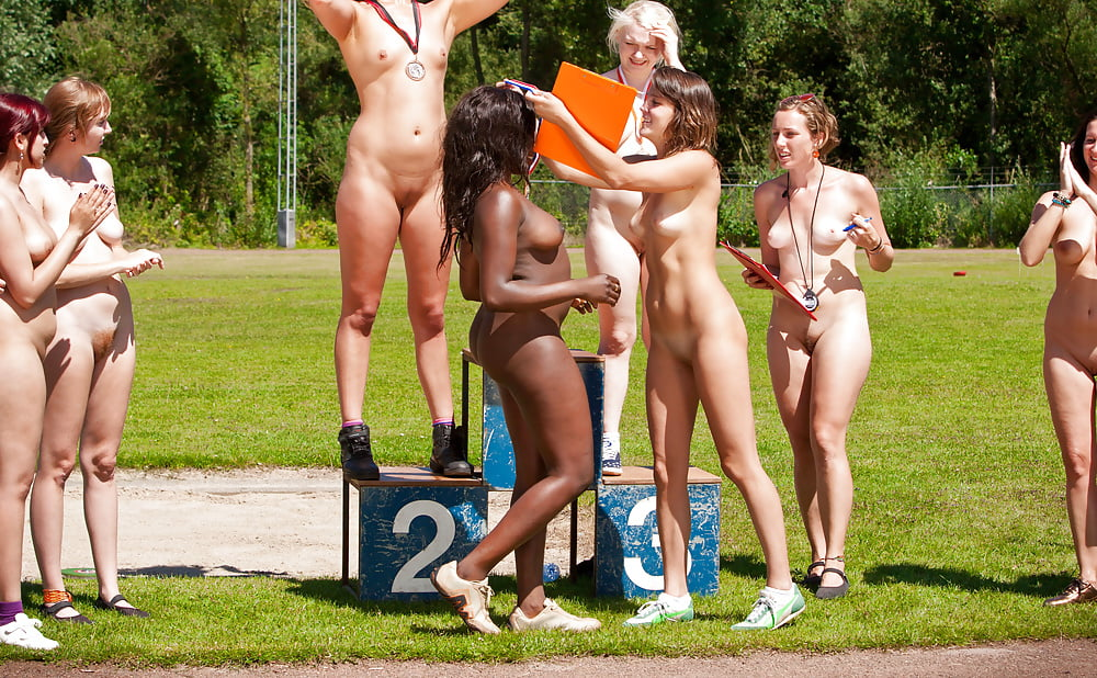 Naked olympic divers