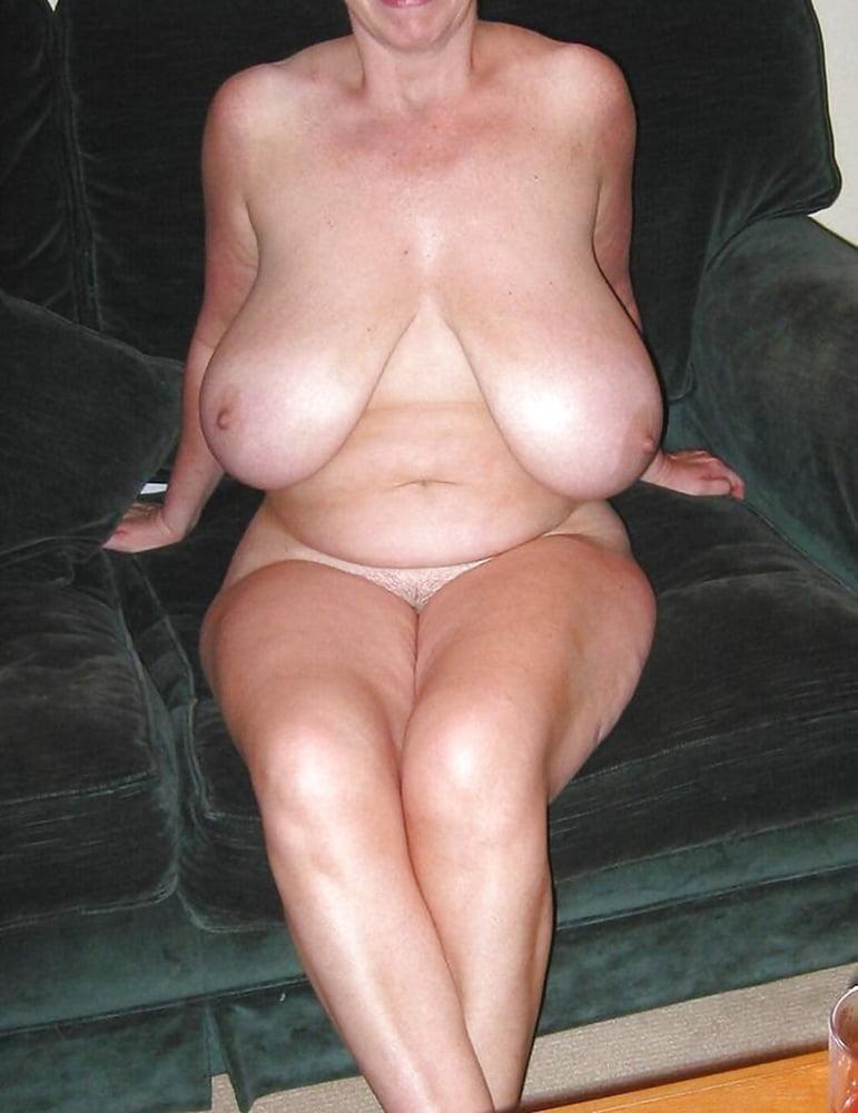 Slut grannys with big cunts free sex pics