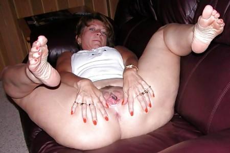 Redhead leggy female