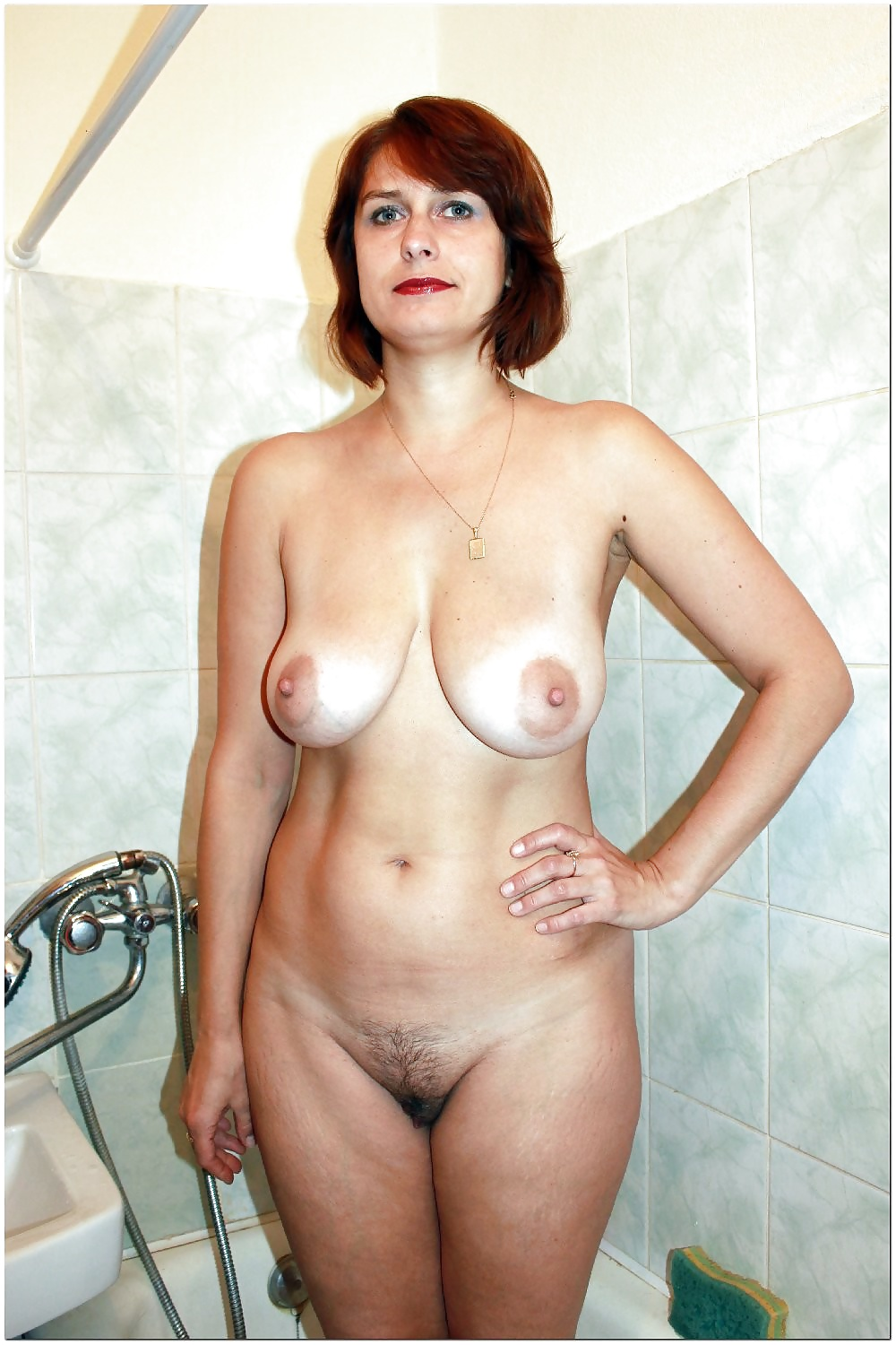 only-naked-mature-women