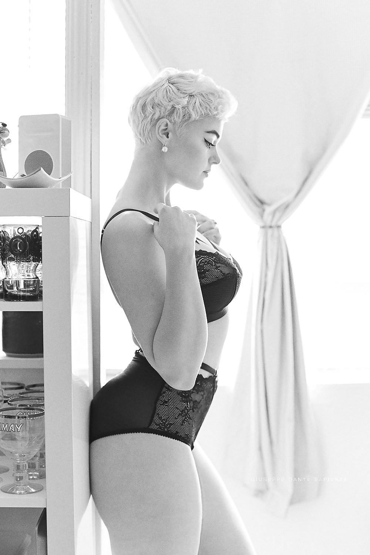 Most beautiful naked woman