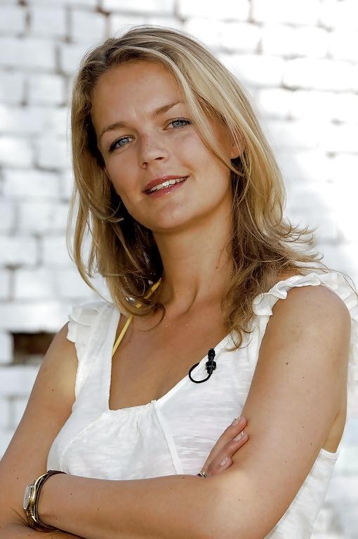Eva Brenner  nackt