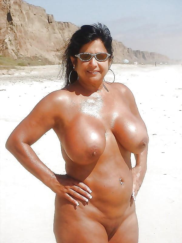 American Latina Beautiful Mature