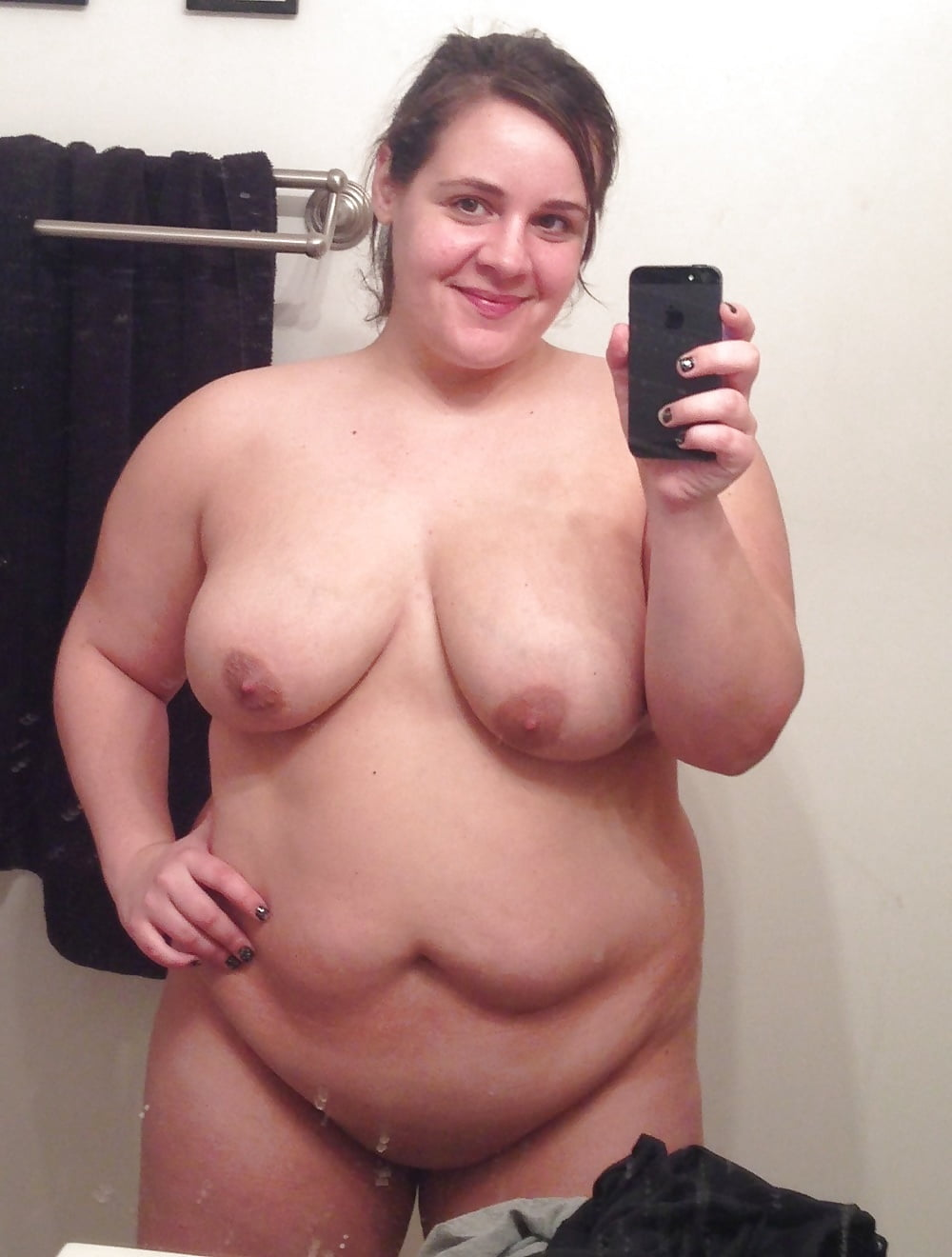 michalka-wife-self-pic-naked-bbw