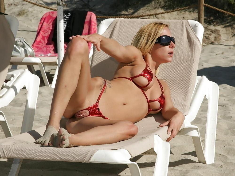 Sexy bikini porngirls clips