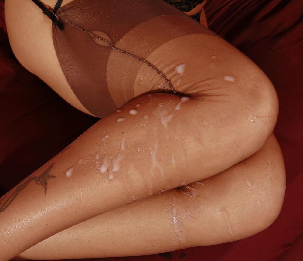 Колготки женщины в сперме фото #9