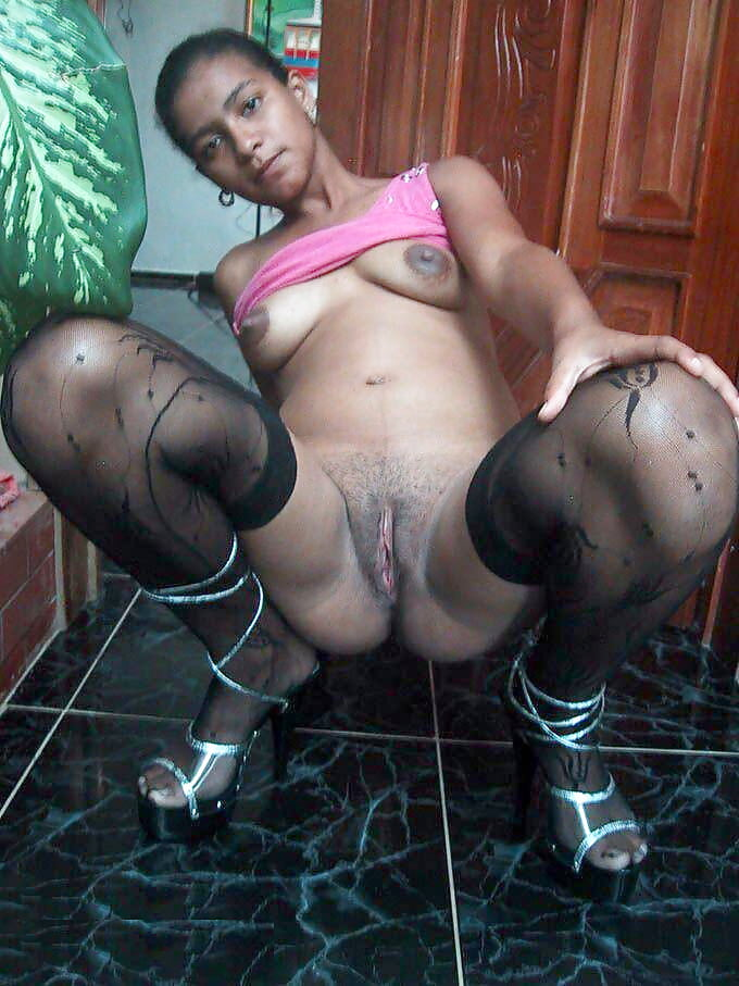 Ghetto party girls pussy licking freaks
