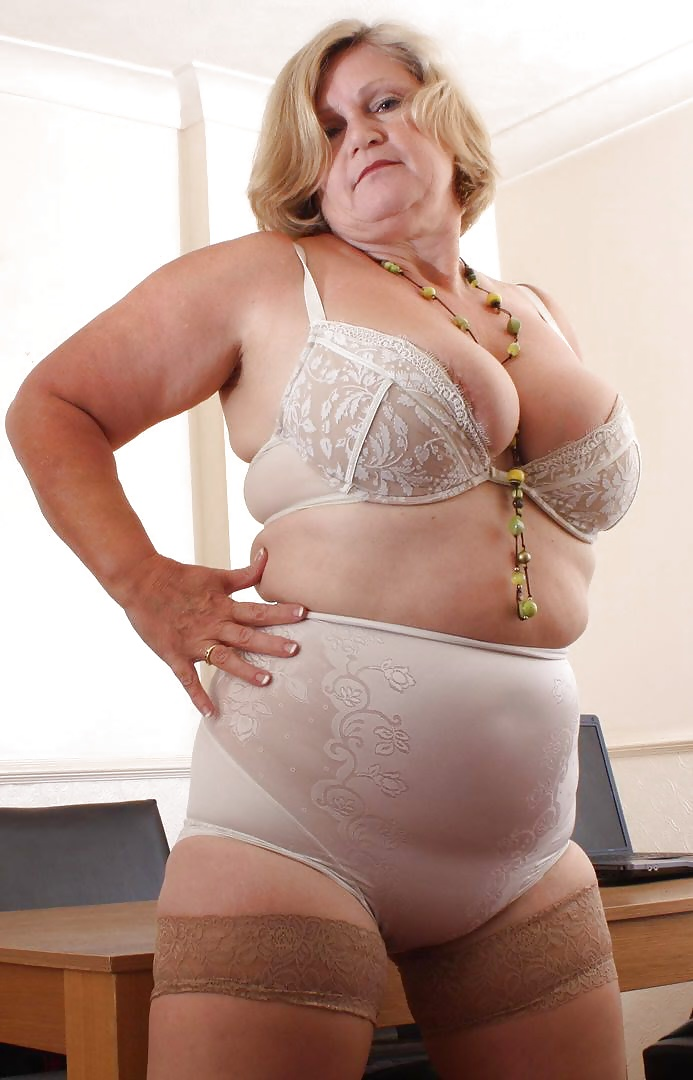 The best places to shop for plus size lingerie fat girl flow