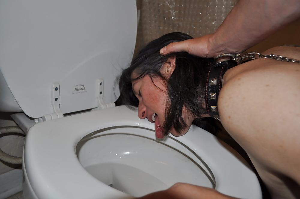 Toilet lick movies — pic 12