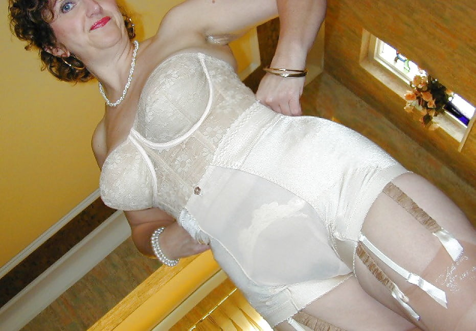 Free sites of shemales in girdles