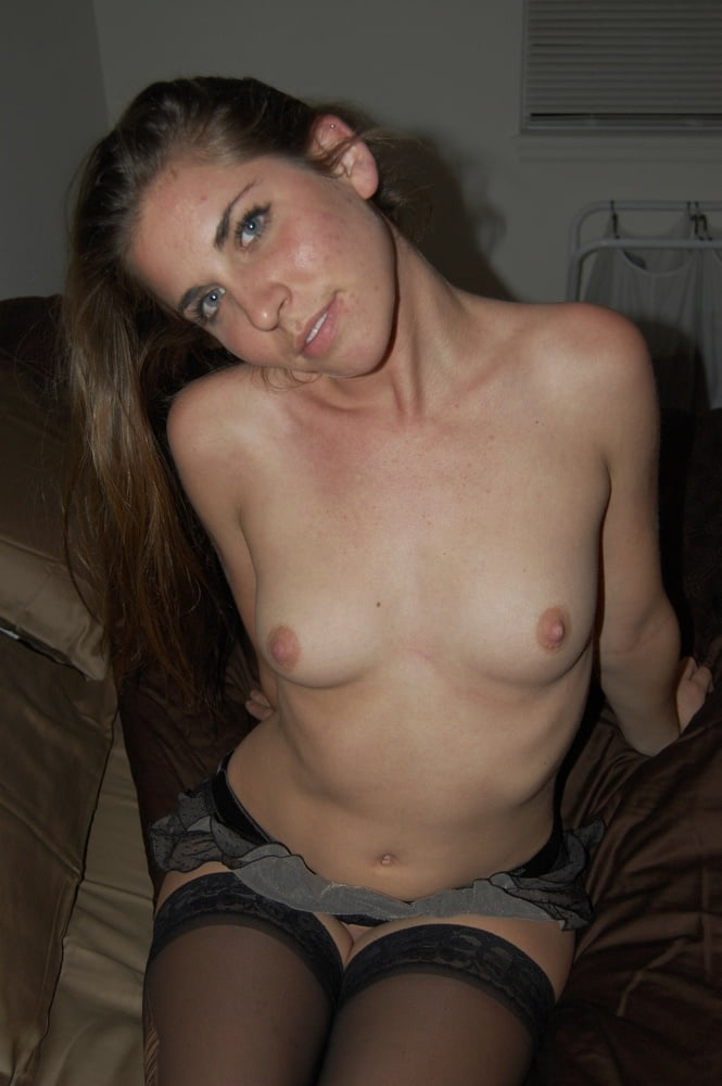 Video xnxx brunette-7587