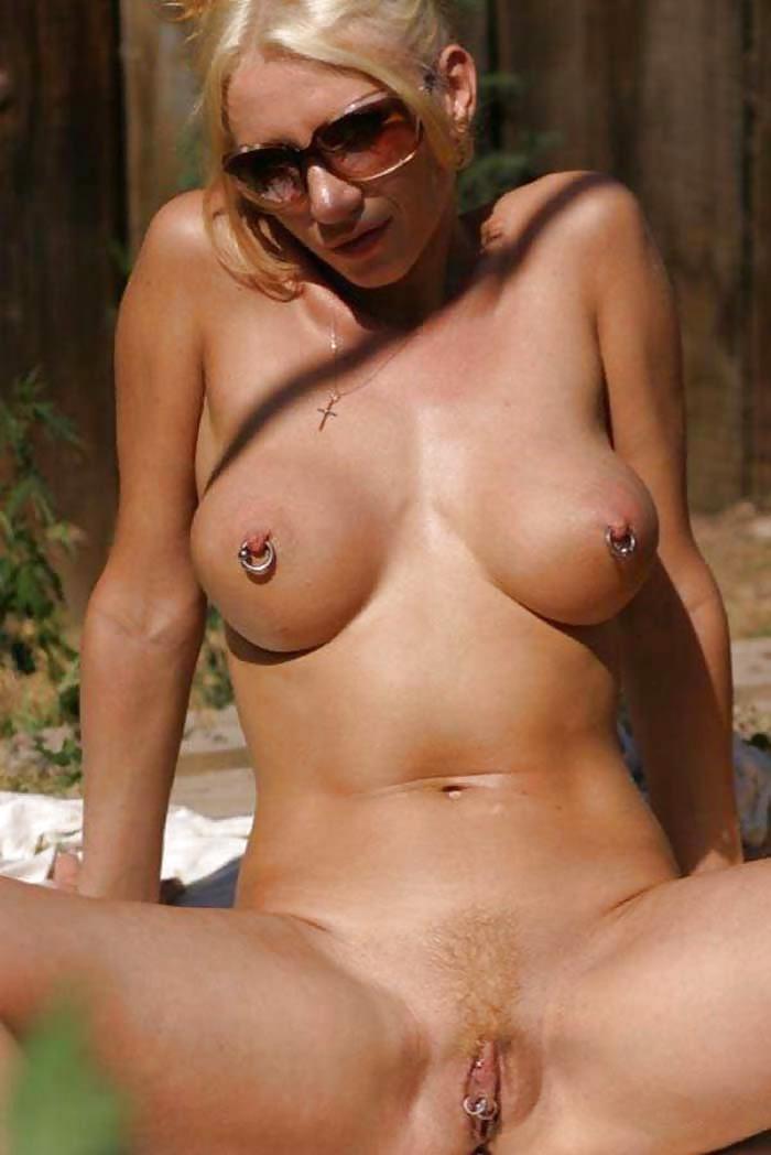 Free Mature Piercing Pics, Hot Older Women