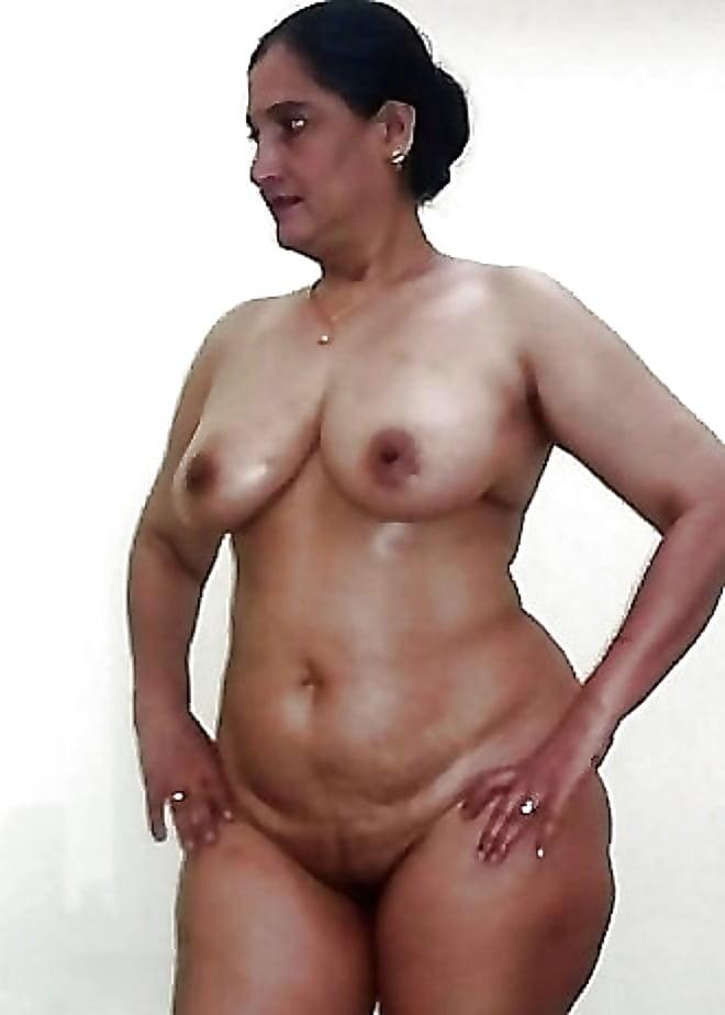 Mature black women creampie