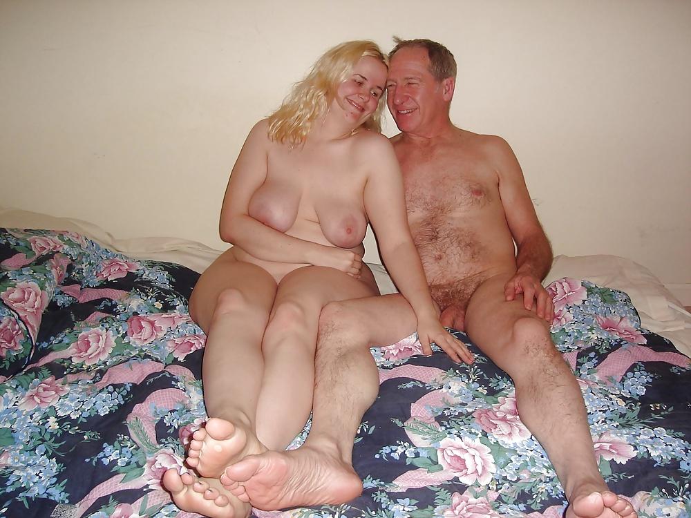 jennifer-lopez-old-couples-having-sex-at-home-fucking-pets-snapchat