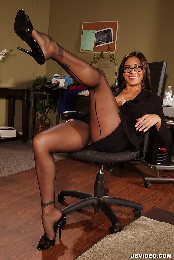Free gallery pics of female feet wearing pantyhose, brazil school girl nude