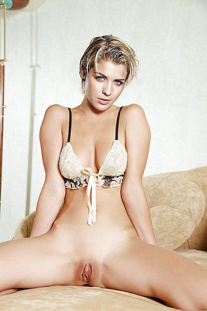 Adolescente putas rubia adolescente anal