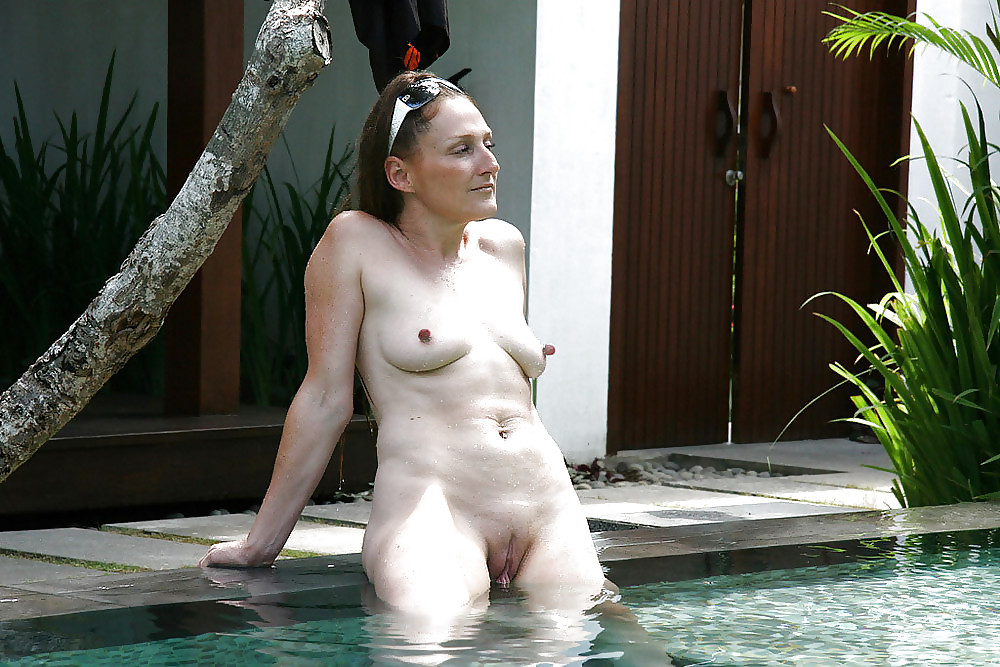 Beachbunnies mermaids with saggy tits more outdoor adult images HQ