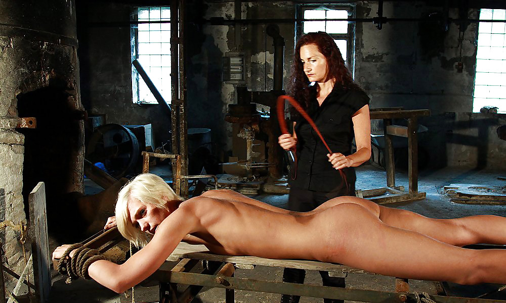 Nude girl slave punish — pic 10